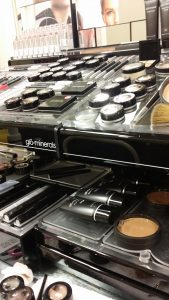 glo minerals makeup unit